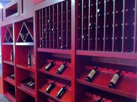 重庆高档红酒展示柜