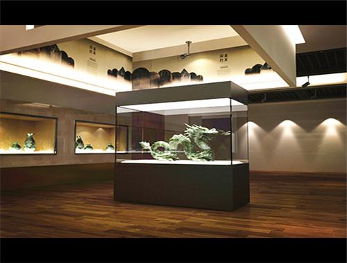 重庆博物馆四面通透展柜