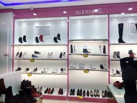 重庆沙坪献坝奇枝鞋店展柜照片 重庆鞋子展柜